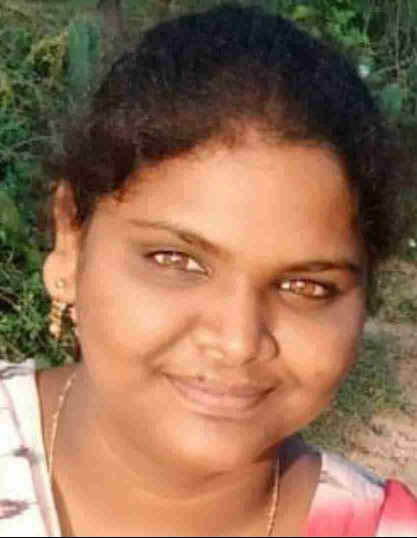 Naveena-Author